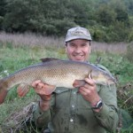 Andy and his 9lbs 2oz barbel a