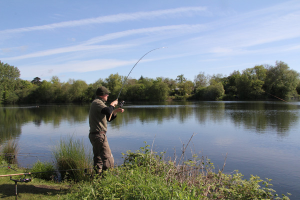 Jim playing a good tench