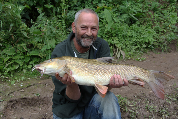 Ian with a 10lbs 6oz barbel