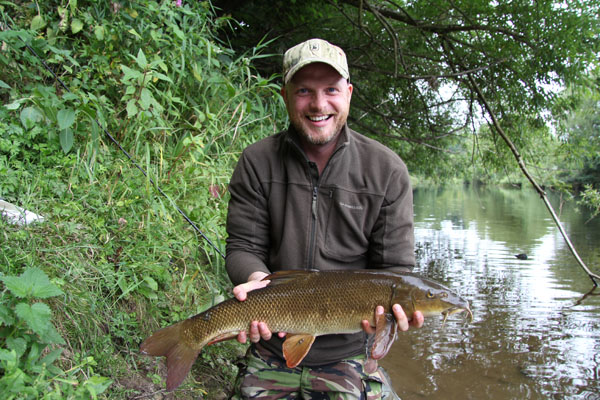 Steve and his 5lbs 14oz barbel